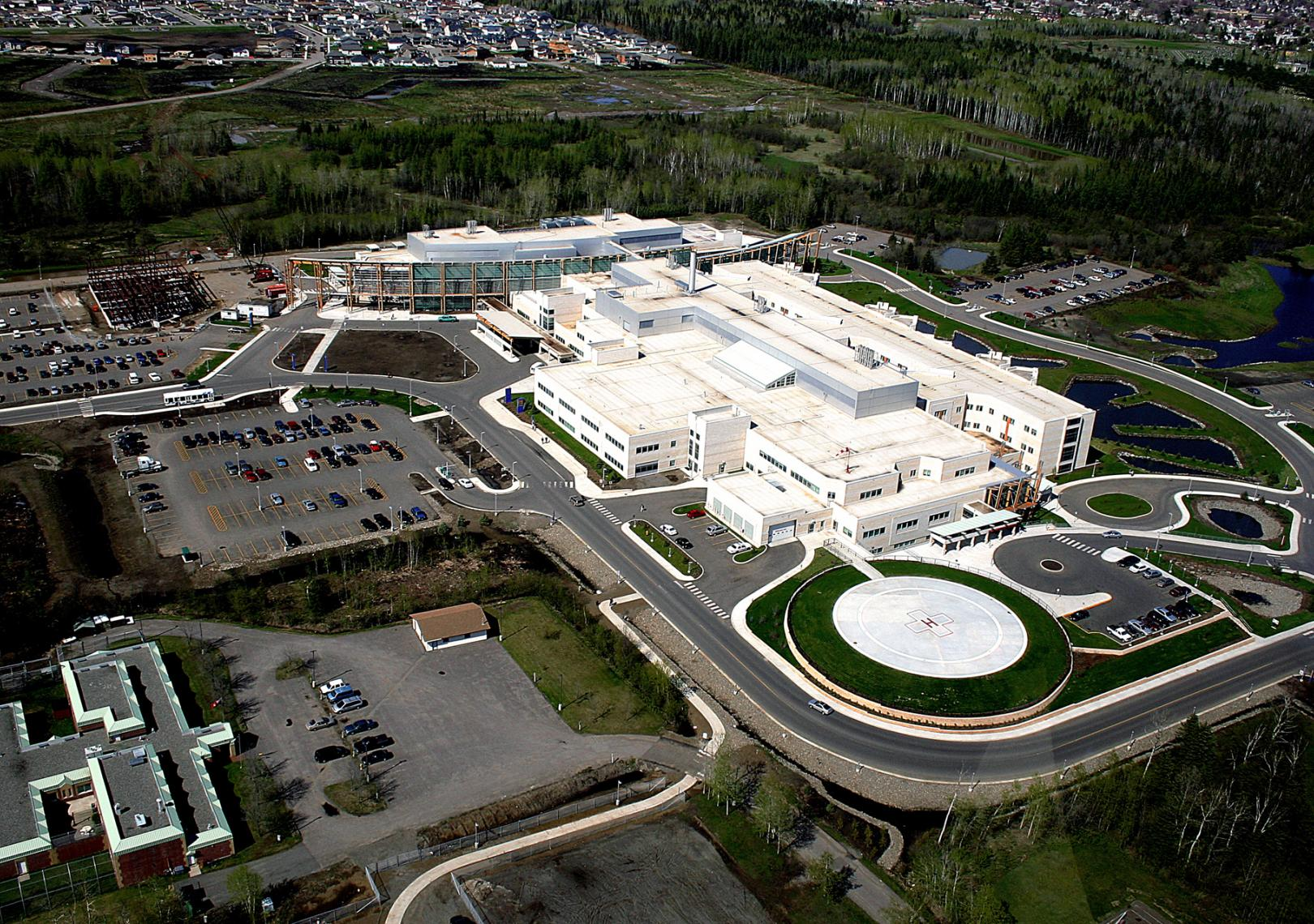 Thunder-Bay-Regional-Health-Sciences-Centre-Healthcare-Design-2003-06